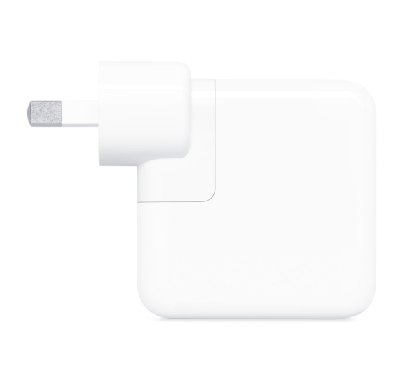 A1882 USB-C 30W Charger Side